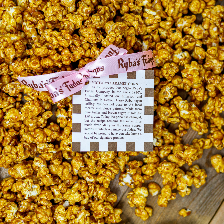 Ryba's Fudge Shops Mackinac Island caramel corn